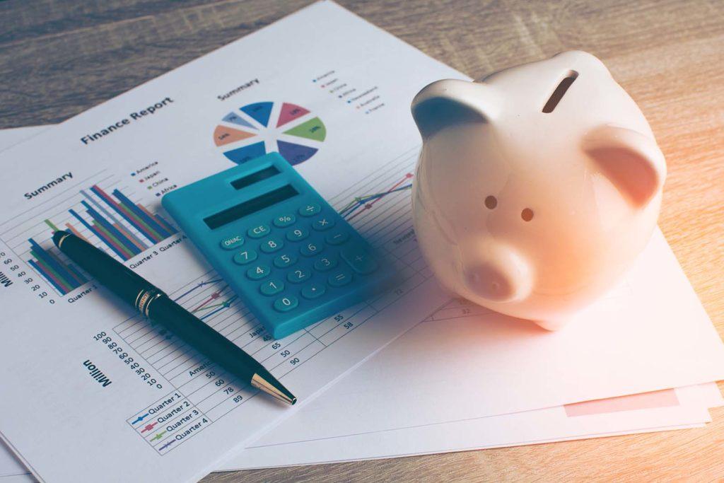 Piggy bank calculator savings